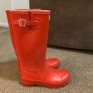 Rubber rain boots-red